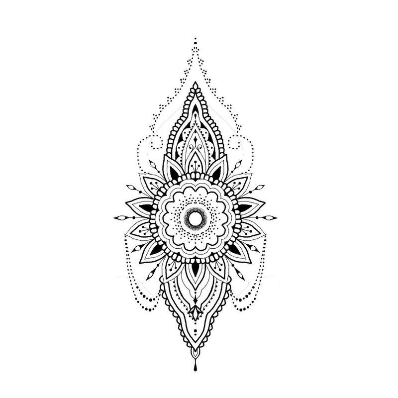 Balto mehendi variantas tatuiruotėms