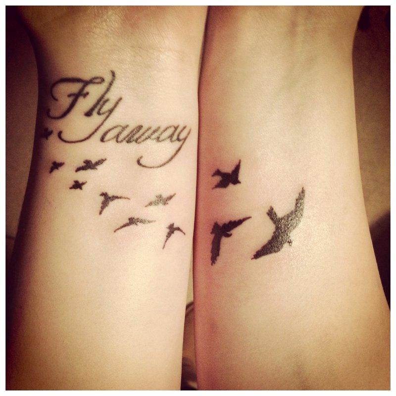 Originali užrašo tatuiruotė