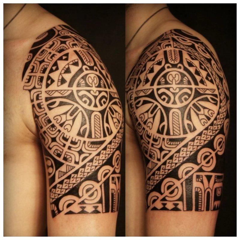 Graži keltų tatuiruotė
