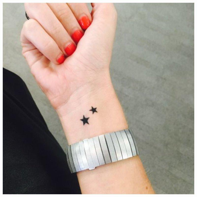 Žvaigždžių tatuiruotė