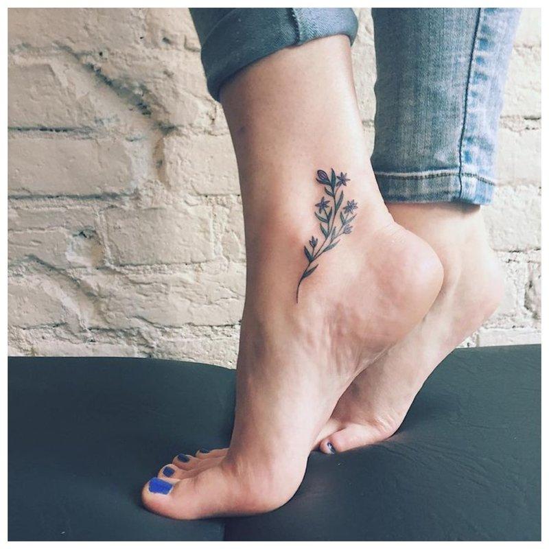 Čiurnos tatuiruotė