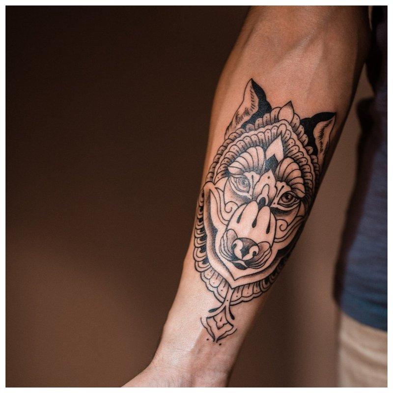 Gyvūno tatuiruotė žmogui