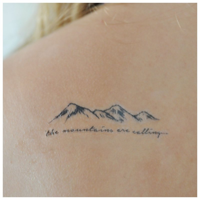 Užrašas ant tatuiruotės peties