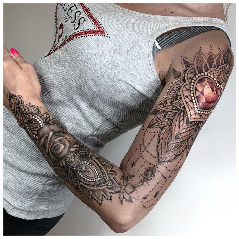 Tatuiruotė mergaitei