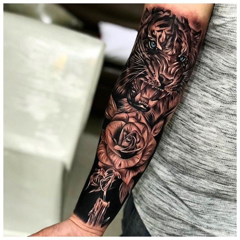 3D tatuiruotė ant vaikino rankos