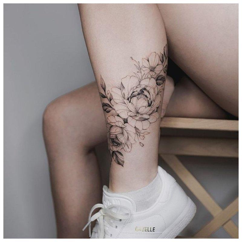 Kontūrinis tatuiruotė