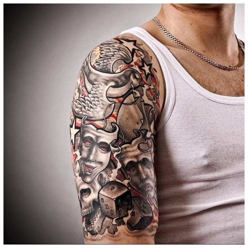 Šauni tatuiruotė ant peties