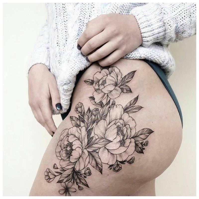 Viliojanti klubo tatuiruotė