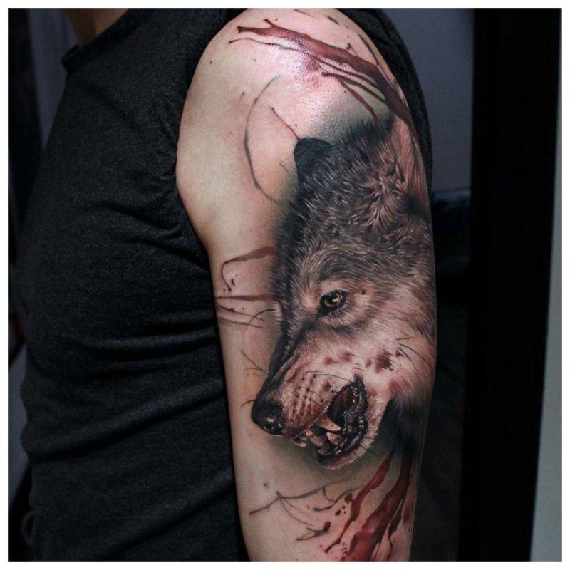 Bloodied Wolf - schoudertatoegering
