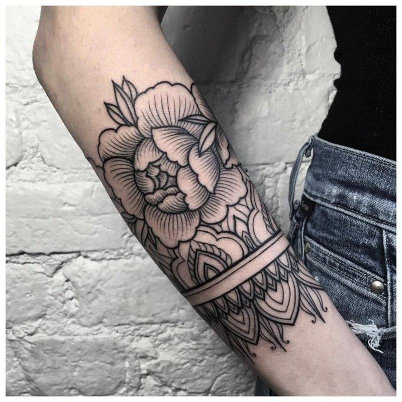 Linijinė gėlė
