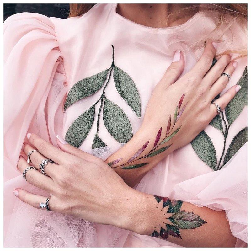 Gėlių tatuiruotės