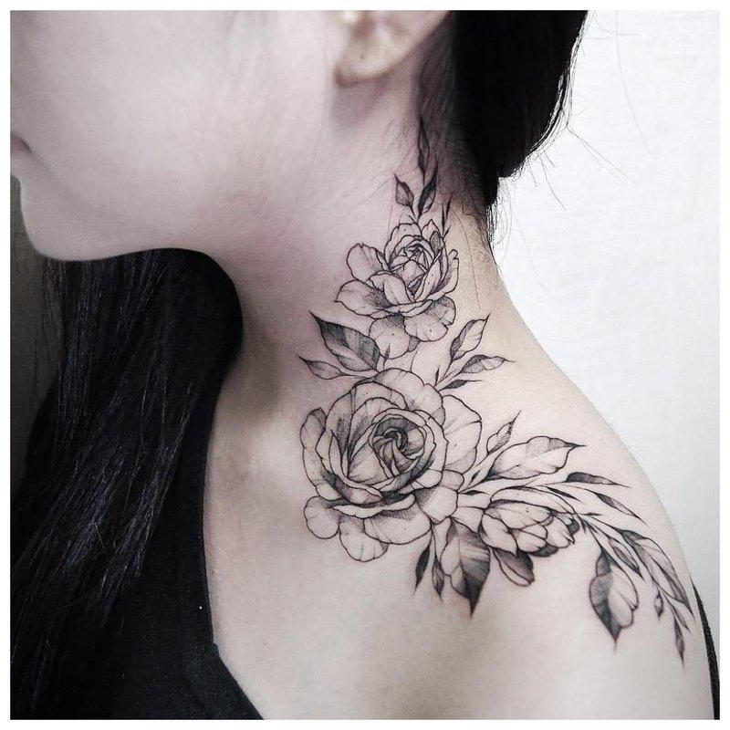 Graži tatuiruotė ant kaklo pusės